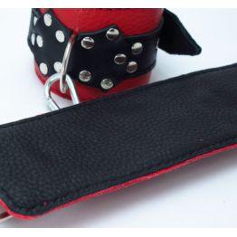 Наручники из красно-черной кожи с пряжкой 51013ars
